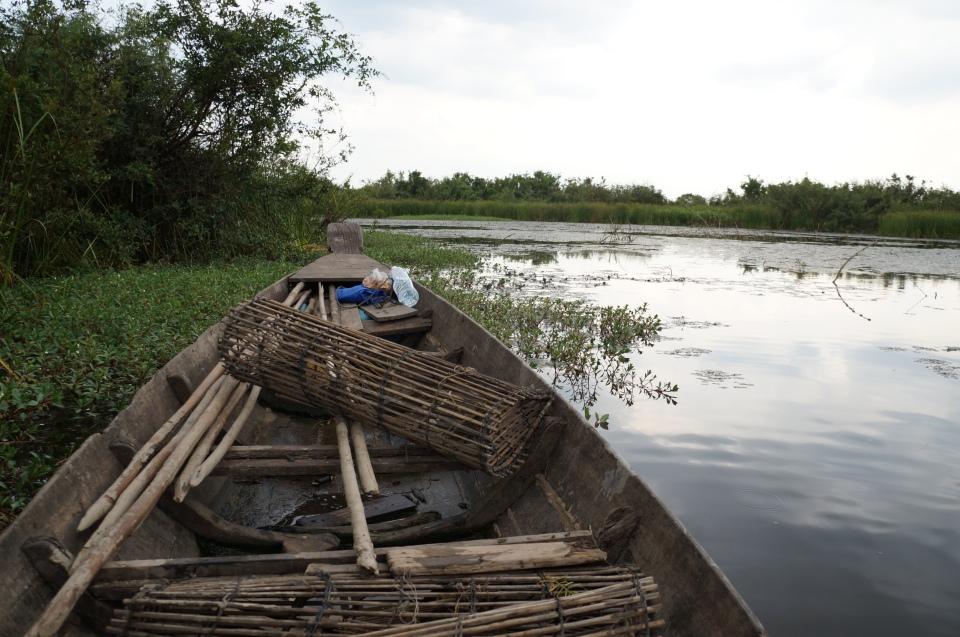 Dingy boat, beautiful lake